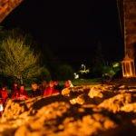 Visites guidées du vieil Allanche aux lampions en image